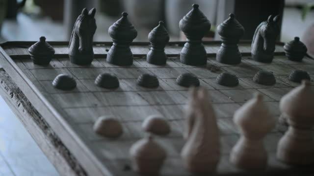 vídeos de stock, filmes e b-roll de jogo de xadrez - termo esportivo