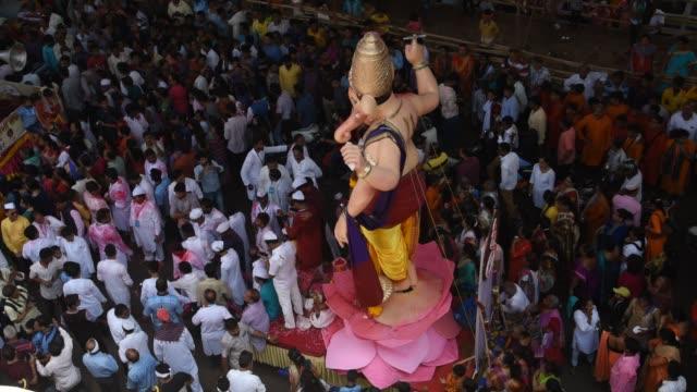 ganesh chaturthi festival, mumbai, india. - editorial bildbanksvideor och videomaterial från bakom kulisserna
