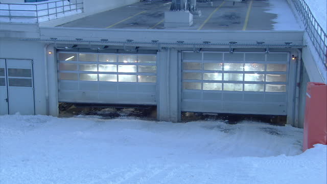 Garage of the snow groomers