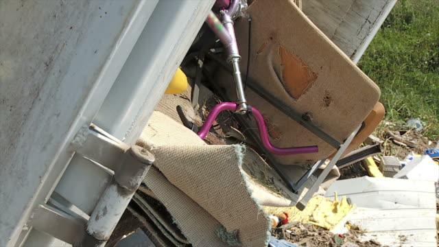 vídeos y material grabado en eventos de stock de hd cámara lenta: escombrera - en ruinas