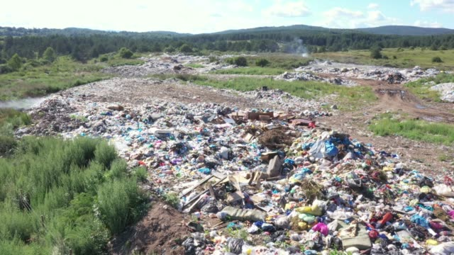 stockvideo's en b-roll-footage met vuilnisbelt - afvalcontainer container