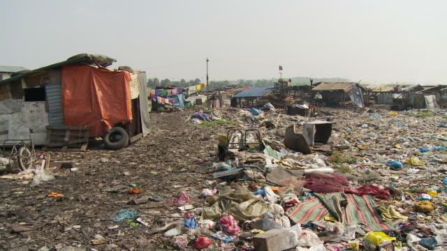 Garbage surrounding Manila slum