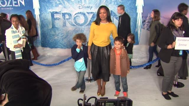 vídeos de stock, filmes e b-roll de garcelle beauvais at walt disney animation studios'frozen los angeles premiere in hollywood ca on - walt disney animation studios