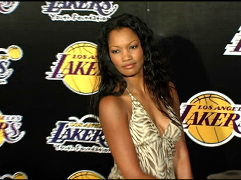 garcelle beauvaisnilon at the la lakers and celebrities 2nd annual las vegas poker night at barker hangar in santa monica california on april 14 2005 - barker hangar stock videos & royalty-free footage