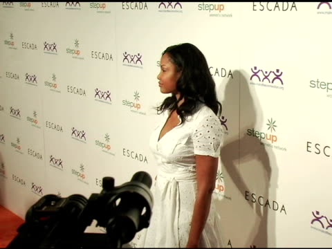 garcelle beauvais-nilon at the step up women's network inspiration awards sponsored by escada at the beverly hilton in beverly hills, california on... - escada stock-videos und b-roll-filmmaterial