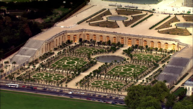 aerial zo garden at chateau de versaiiles/ versailles, france - chateau de versailles stock videos and b-roll footage