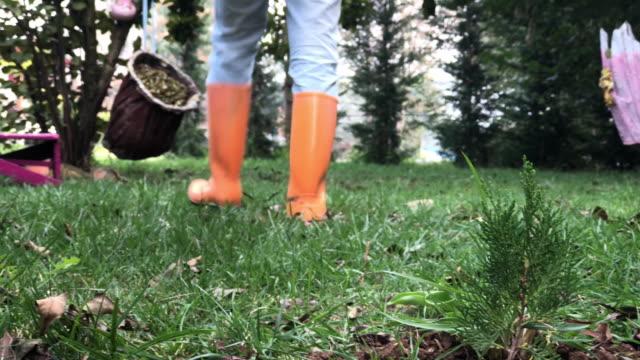 庭師 - ペア点の映像素材/bロール