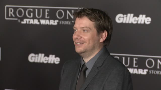 """vídeos de stock, filmes e b-roll de gareth edwards at """"rogue one: a star wars story"""" world premiere at the pantages theatre on december 10, 2016 in hollywood, california. - série de filmes star wars"""