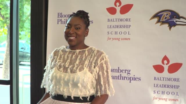 "gari mcintyre at the baltimore leadership school for young women hosts hometown premiere of sundance sensation ""step"" in baltimore md - hometown bildbanksvideor och videomaterial från bakom kulisserna"