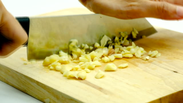 garlic - garlic stock videos & royalty-free footage