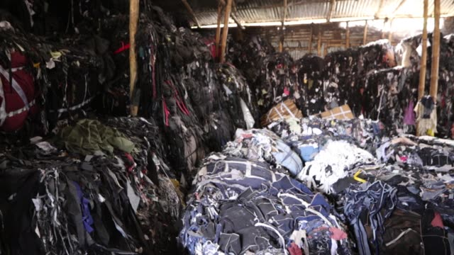 garment leftovers at a jhoot godown in savar near dhaka - textile mill stock videos & royalty-free footage