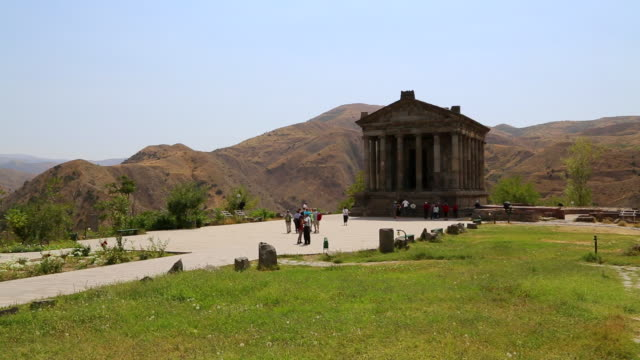 garni, view of the greek temple, 3rd century b.c. - 紀元前3世紀点の映像素材/bロール