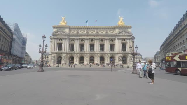 vidéos et rushes de garnier opera, time lapse, paris - monument