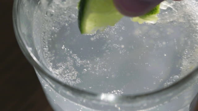 garnish 2 - carbonated stock videos & royalty-free footage