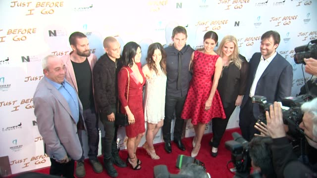 garret dillahunt courteney cox evan ross olivia thirlby seann william scott and kate walsh at the just before i go los angeles premiere at arclight... - arclight cinemas hollywood 個影片檔及 b 捲影像