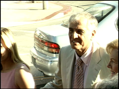 garry marshall at the 'runaway bride' premiere on july 25 1999 - runaway stock videos & royalty-free footage