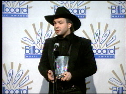 garth brooks at the 1991 billboard music awards on january 1 1991 - 1991 stock videos and b-roll footage