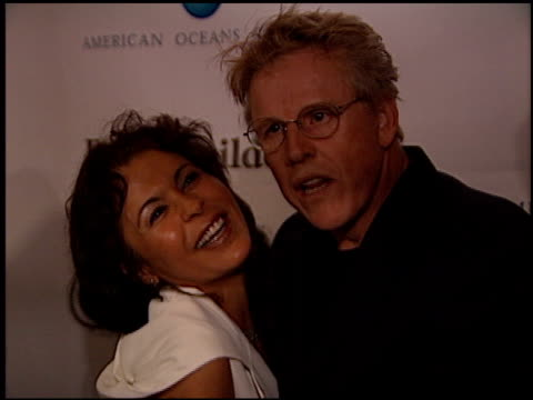 gary busey at the american oceans campaign 2001 at the century plaza hotel in century city, california on october 2, 2001. - ゲーリー ビジー点の映像素材/bロール