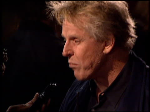 gary busey at the 'bandits' premiere on october 4, 2001. - ゲーリー ビジー点の映像素材/bロール