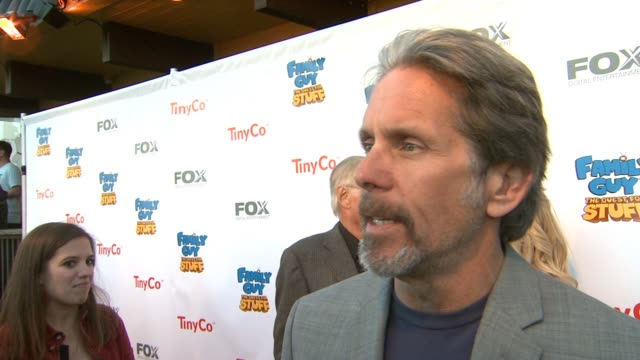 vidéos et rushes de gary cole on the best part of voicing principal shepherd, why this show resonates with fans, looking forward to the game and if we can expect a... - television game show
