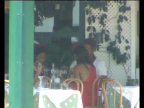 gary dourdan his daughter and his girlfriend the spanish maria go for a walk in ibiza's port after having lunch the american actor usually spends his... - hija stock videos & royalty-free footage