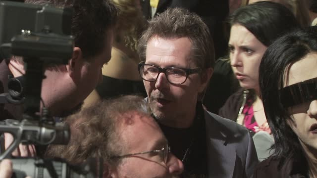 gary oldman at the spike tv's scream 2008 at los angeles ca. - scream named work stock-videos und b-roll-filmmaterial