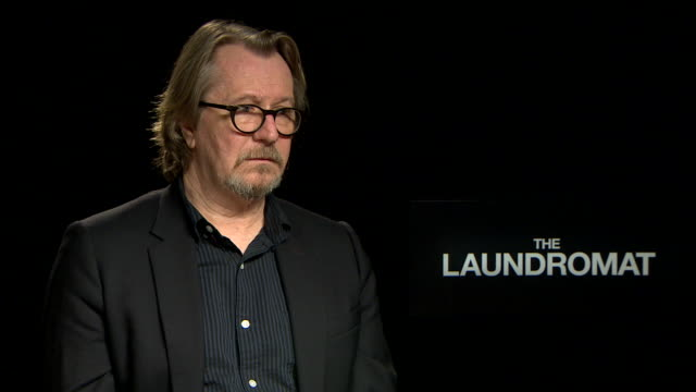 gary oldman, on the panama papers being a scandal at 'laundromat' interview - 76th venice film festival on september 01, 2019 in venice, italy. - gary oldman stock videos & royalty-free footage