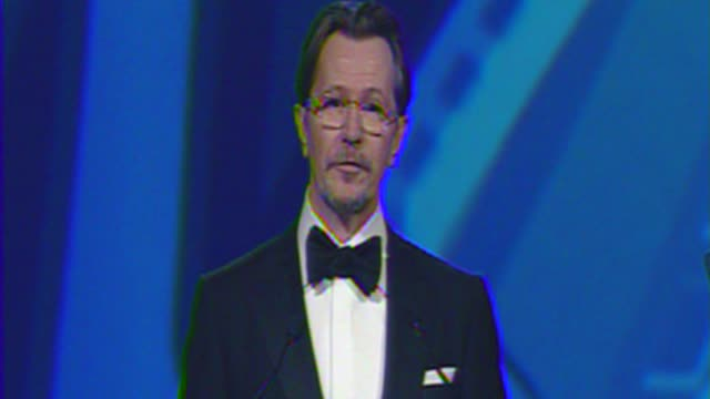 Gary Oldman thanks the Palm Springs Film Festival at The 23rd Annual Palm Springs International Film Festival Awards Gala on in Palm Springs CA