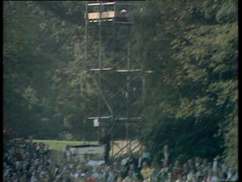gary player big drive rolls into ideal position on 17th fairway world matchplay championship final wentworth 1971 - pga world golf championship stock-videos und b-roll-filmmaterial