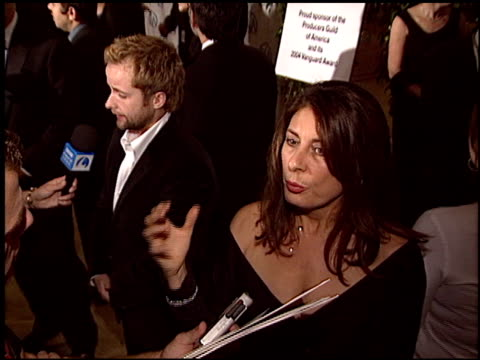 stockvideo's en b-roll-footage met gary ross at the 2004 producers guild of america awards at the century plaza hotel in century city california on january 17 2004 - century plaza