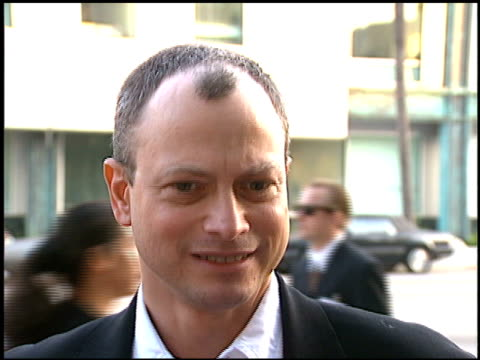Gary Sinise at the 'Apollo 13' Premiere at Academy Theater in Beverly Hills California on June 22 1995