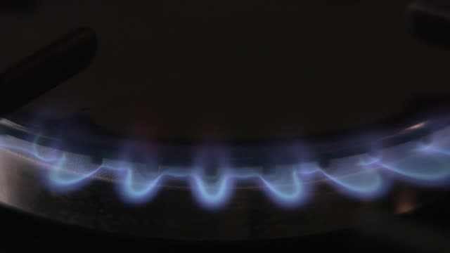 gas cooker - ガスコンロ点の映像素材/bロール