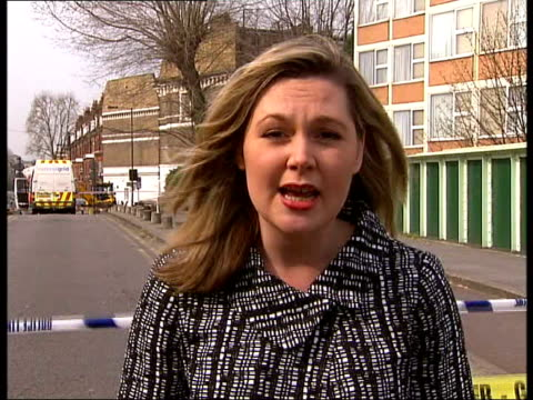 gas leak in hammersmith block of flats reporter to camera - itv london lunchtime news stock-videos und b-roll-filmmaterial