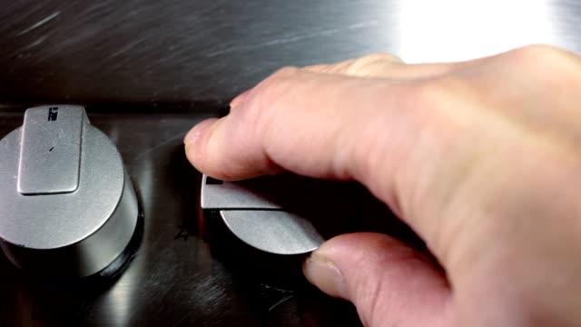 ガス - ガスコンロ点の映像素材/bロール