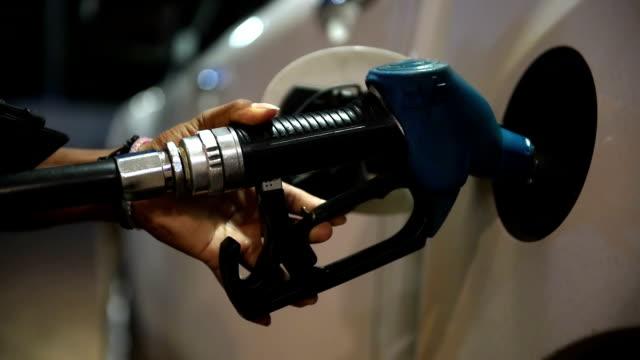 vídeos y material grabado en eventos de stock de gasolina  - bomba de combustible