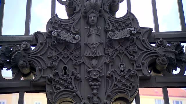 gate of belvedere palace garden in vienna - belvedere palace vienna stock videos & royalty-free footage