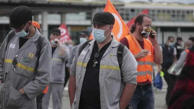 gathering in front of the french car manufacturer renault factory at the call of several trade union as cgt cfdt unsa fo and cfecgc on june 17 2020... - french culture stock videos & royalty-free footage