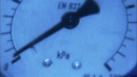 a gauge rests at zero. - instrument of measurement stock videos & royalty-free footage
