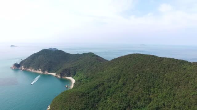 gauido island / taean-gun, chungcheongnam-do, south korea - south pacific ocean点の映像素材/bロール