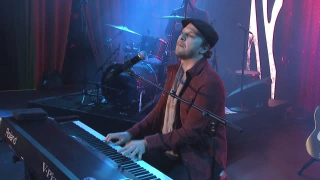 gavin degraw at steven tyler's third annual grammy awards viewing party to benefit janie's fund presented by live nation at raleigh studios on... - grammy awards stock-videos und b-roll-filmmaterial