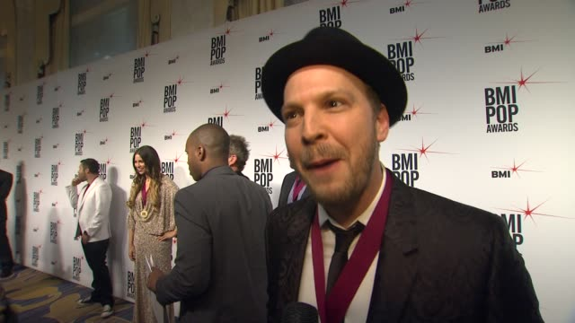 gavin degraw on receiving this honor from the bmi family, the first record that inspired him to write, what artist or songwriter he would like to... - songwriter stock videos & royalty-free footage