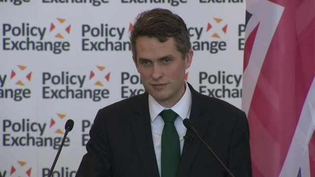 Gavin Williamson speech Gavin Williamson question and answer session SOT Russia said expel diplomats UK measures to respond What we will do is look...