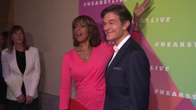 gayle king and dr. mehmet oz at hearst launches hearstlive, a multimedia news installation at 57th street & 8th avenue in nyc at hearst tower on... - multimedia stock videos & royalty-free footage