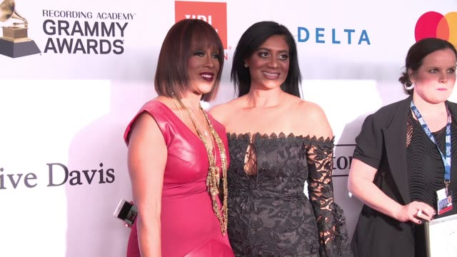 gayle king and guest at clive davis pregrammy gala at sheraton times square on january 27 2018 in new york city - gayle king stock videos & royalty-free footage