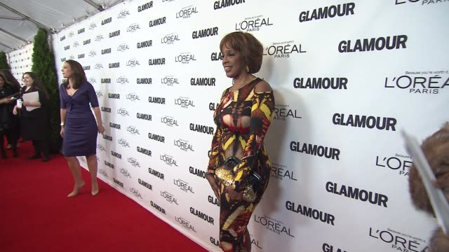 gayle king at glamour magazine's 23rd annual women of the year awards event at the carnegie hall on 11/11/13 in new york ny - gayle king stock videos & royalty-free footage