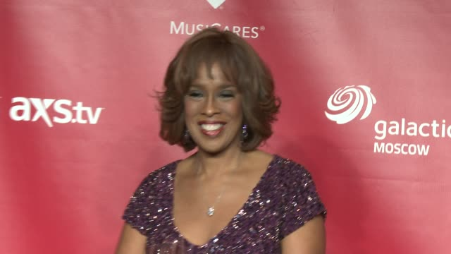 gayle king at musicares 2013 person of the year tribute 2/8/2013 in los angeles ca - gayle king stock videos & royalty-free footage