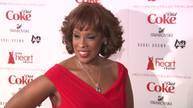 gayle king at the the heart truth's red dress collection arrivals fall 2011 mbfw at new york ny - gayle king stock videos & royalty-free footage
