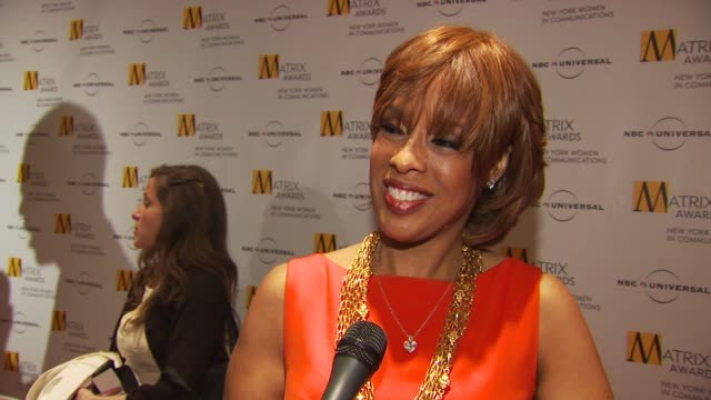 gayle king talking about being honored with all of these exceptional women, having oprah present to her, having people to count on and her friendship... - gayle king stock videos & royalty-free footage