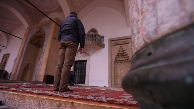 gazi husrev beg mosque - moschee stock-videos und b-roll-filmmaterial