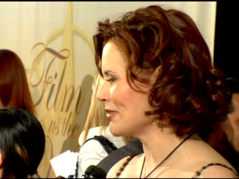 stockvideo's en b-roll-footage met geena davis at the 2006 crystal and lucy awards at the century plaza in century city california on june 7 2006 - century plaza